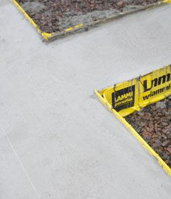 Tassu betonianturamuotin avulla rakennuksen betonianturat  valmiiksi yhdessä päivässä